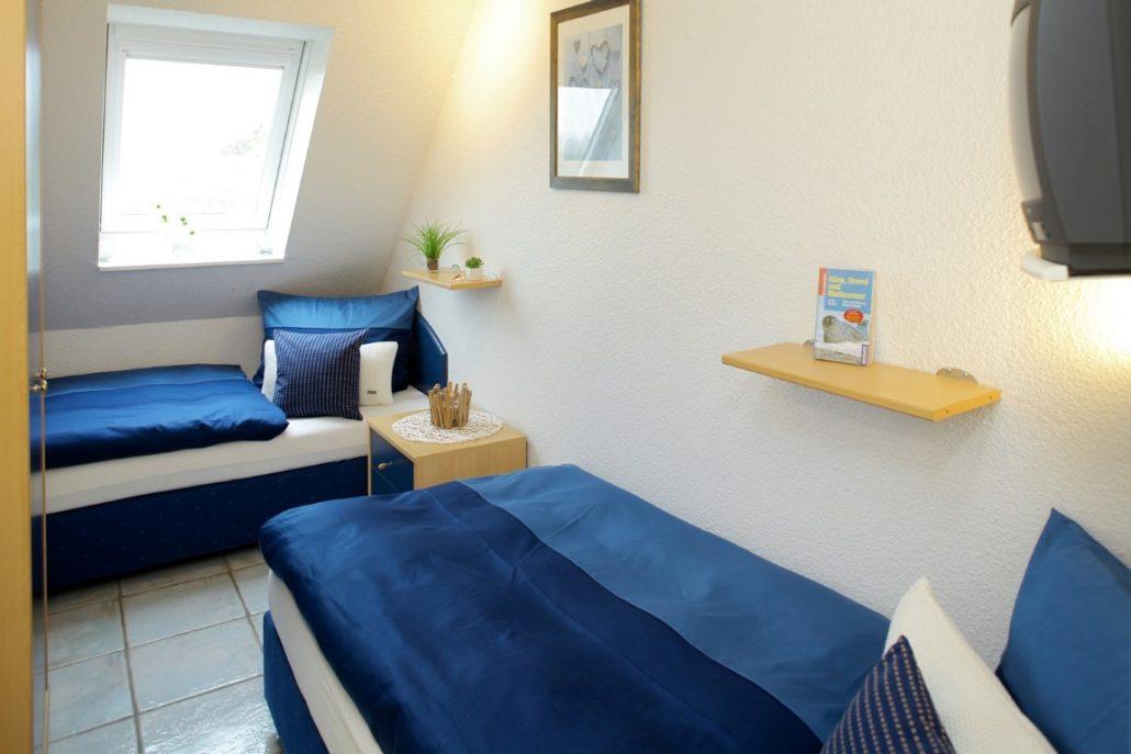 kampstr 14 wohnung 3 westerland nord 3 zi 2 balkone keine haustiere erlaubt geiling. Black Bedroom Furniture Sets. Home Design Ideas